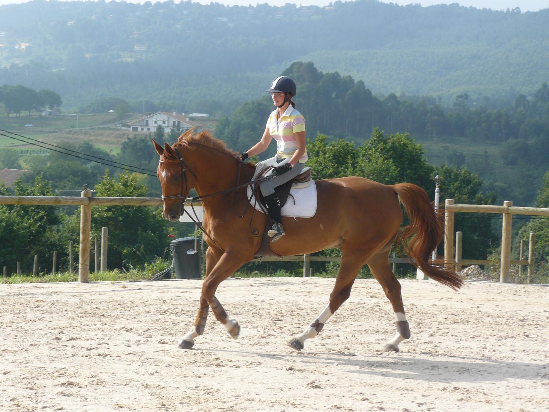 Moi à cheval en dans le Pays Basque Espagnol.