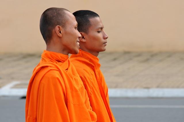 Moines de Phnom Penh