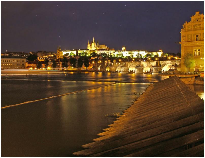 Moldau bei Nacht