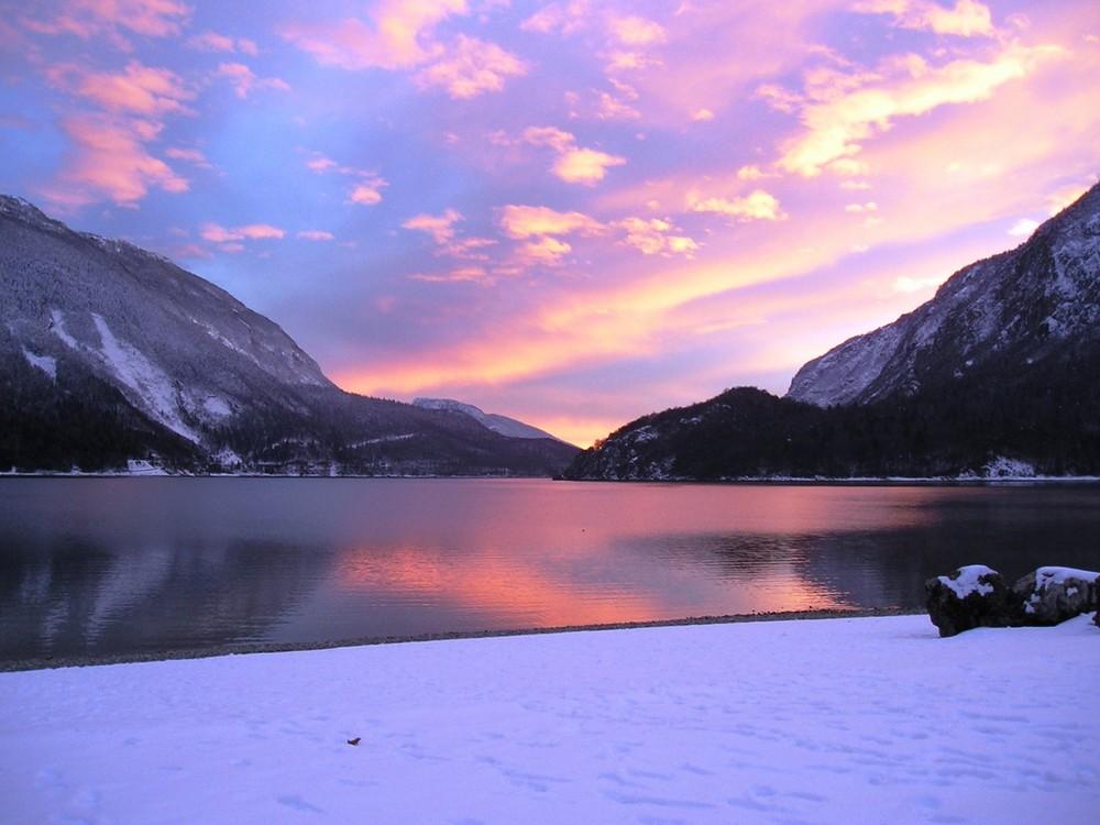 Molveno al tramonto foto immagini paesaggi montagna for Foto paesaggi naturali gratis