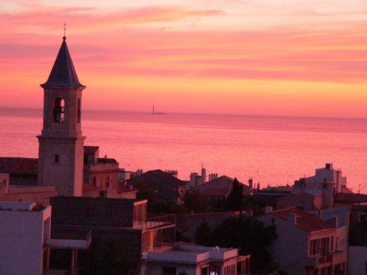 Mon église avec vue sur la Méditerranée
