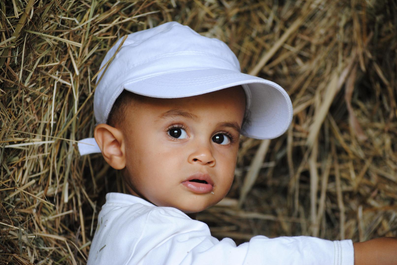 mon petit fils valentin ...........il vous donne le bonjour