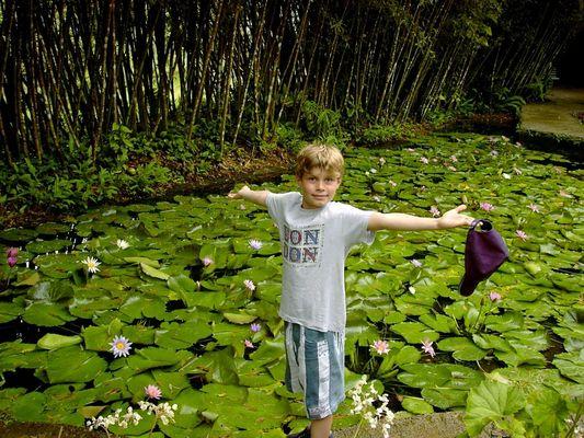 Mon  petit frère  Nico.........que j'aime...!