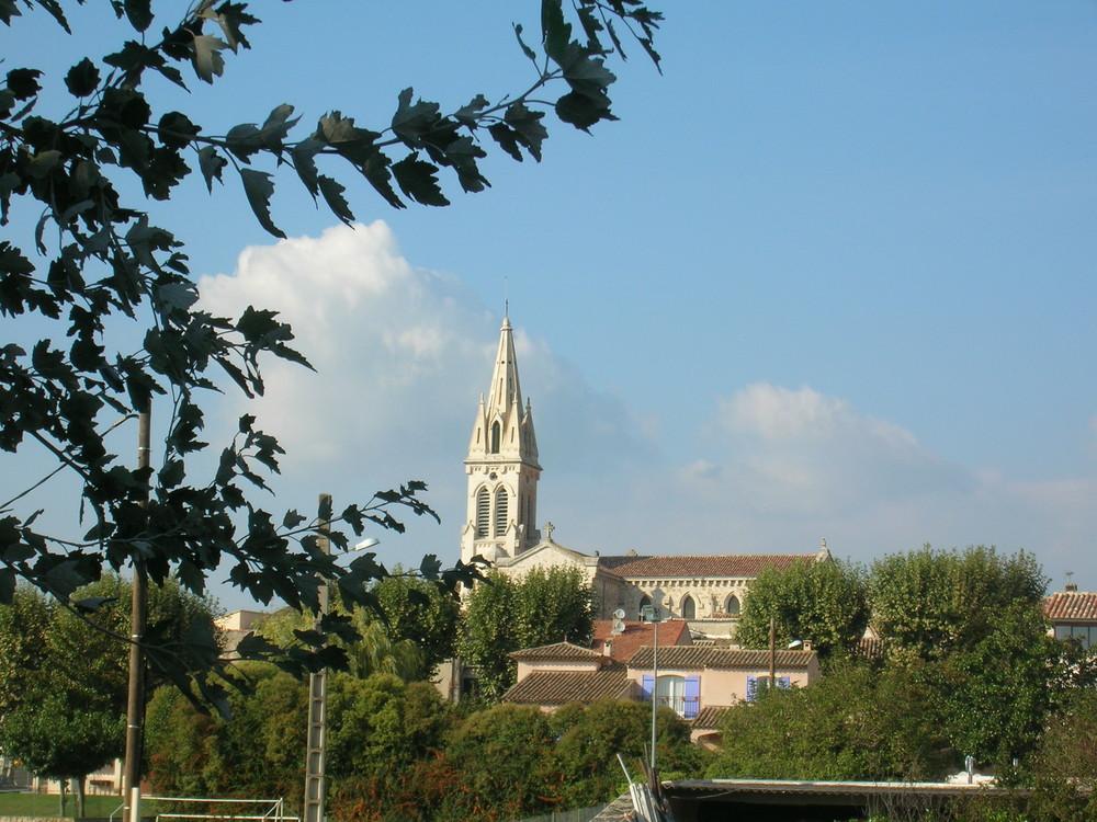mon village St cannat dans le sud de la france