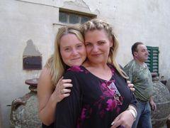 Mona and friend