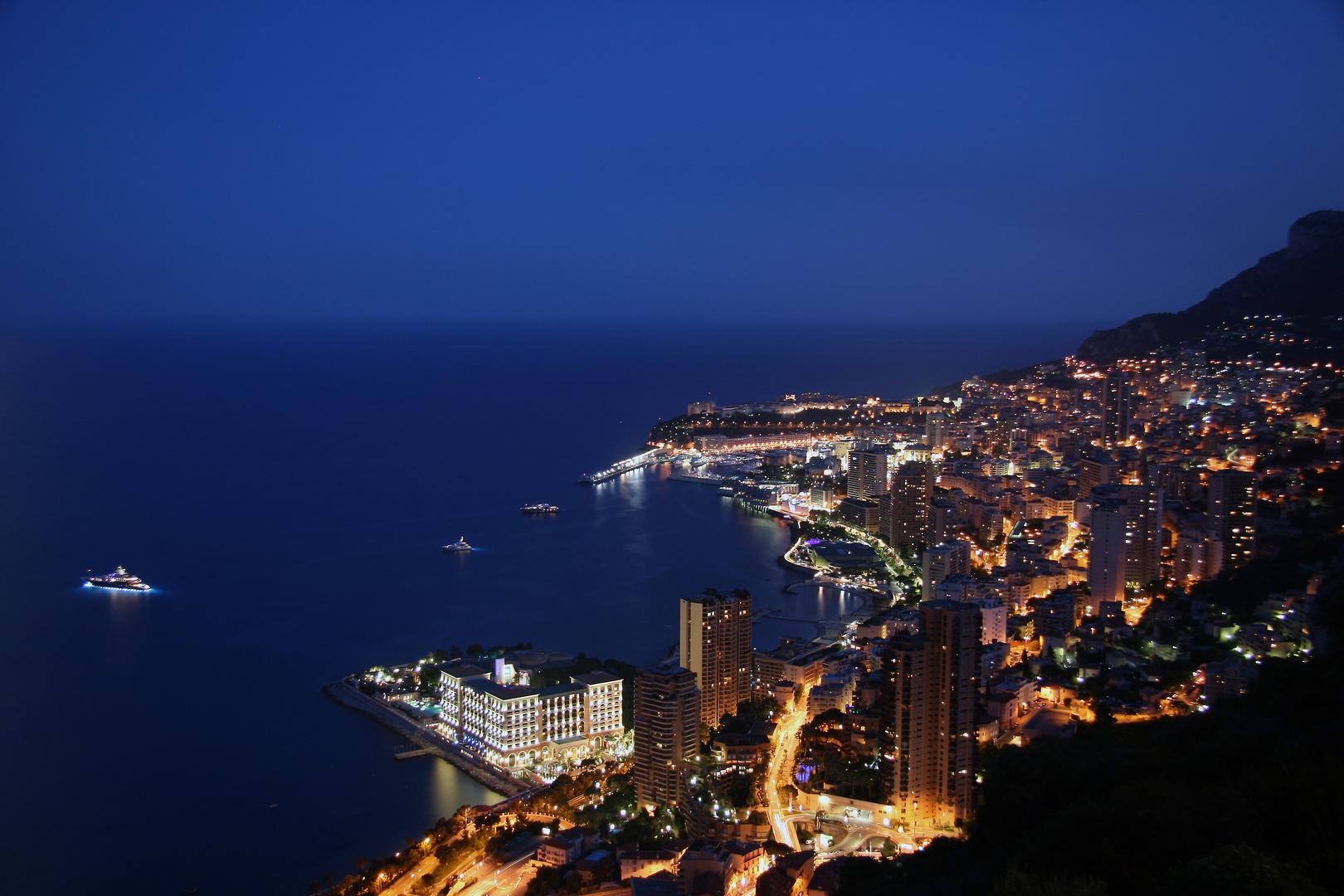 Monaco bei Nacht