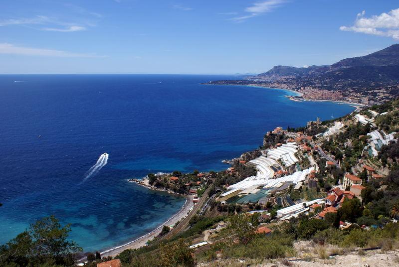 Monaco depuis la Mortola Supériore.