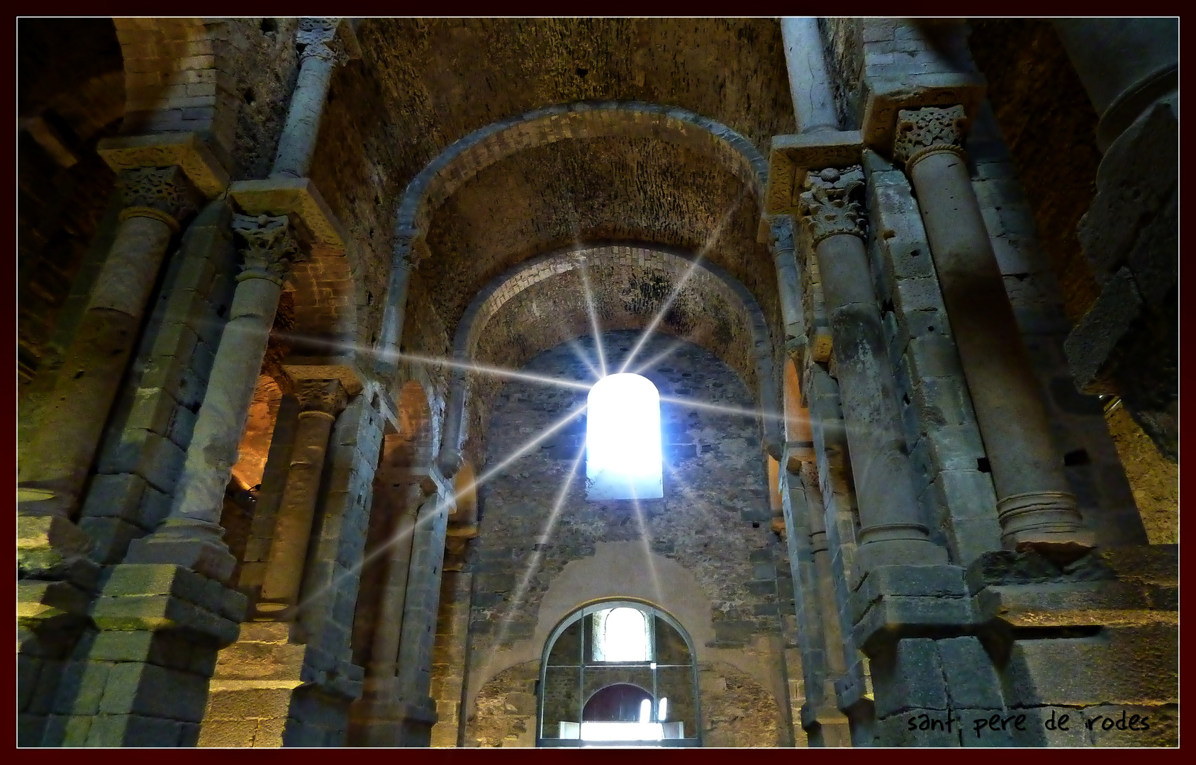 Monasterio de SAN PEDRO DE RODA  (planta basilical)
