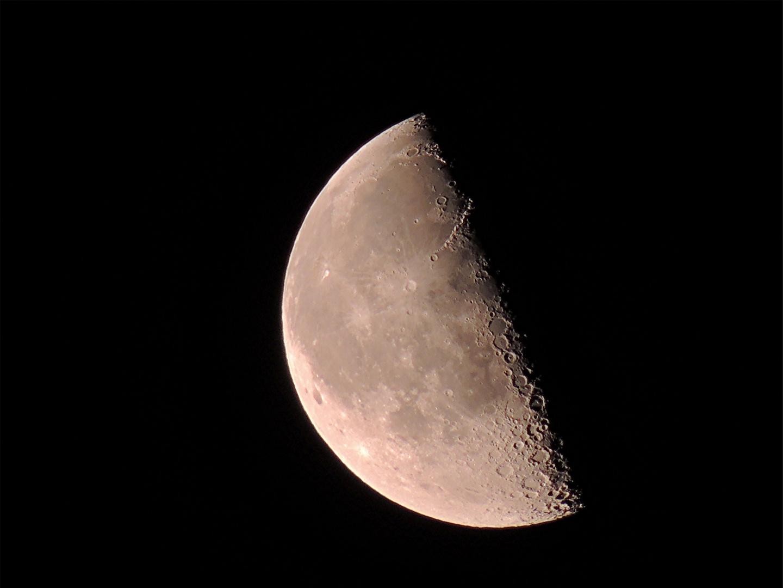 Mond 1...