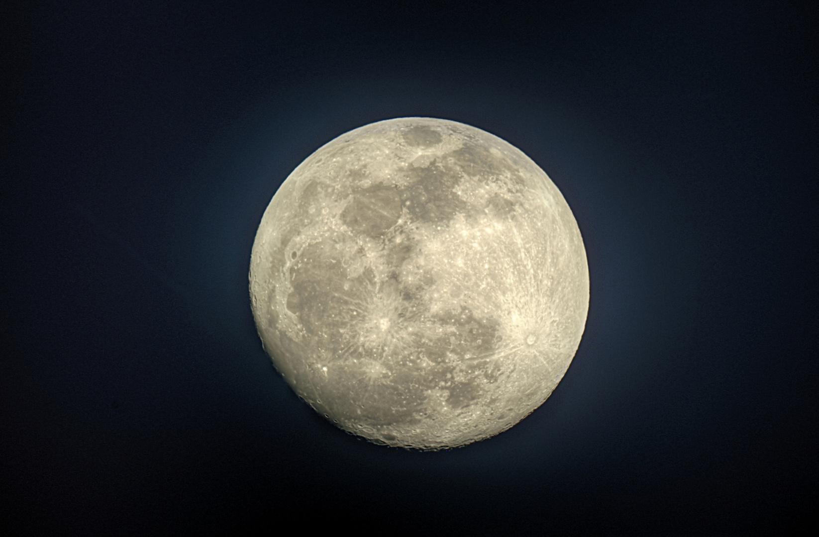 Mond 14