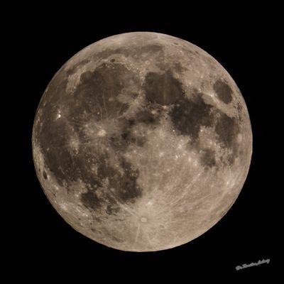 Mond 20150927204802