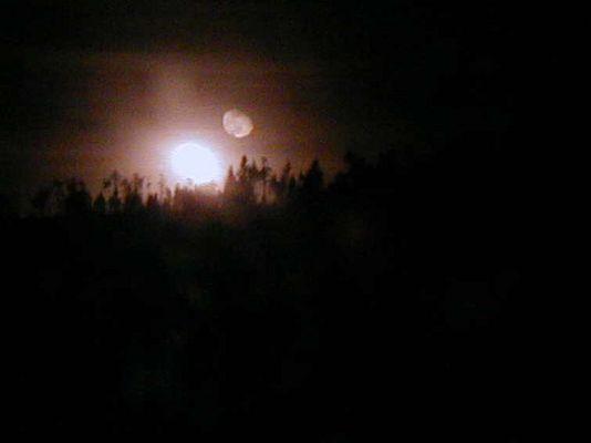 Mond ( alter Hexentanzplatz)