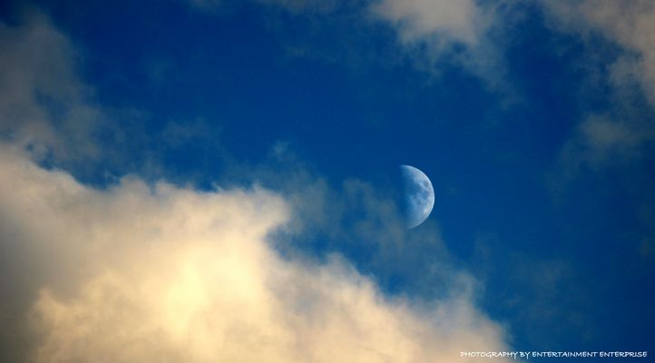 Mond am Tage