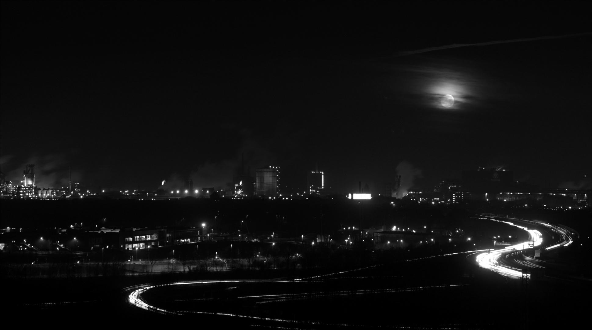 Mond bei der Arbeit