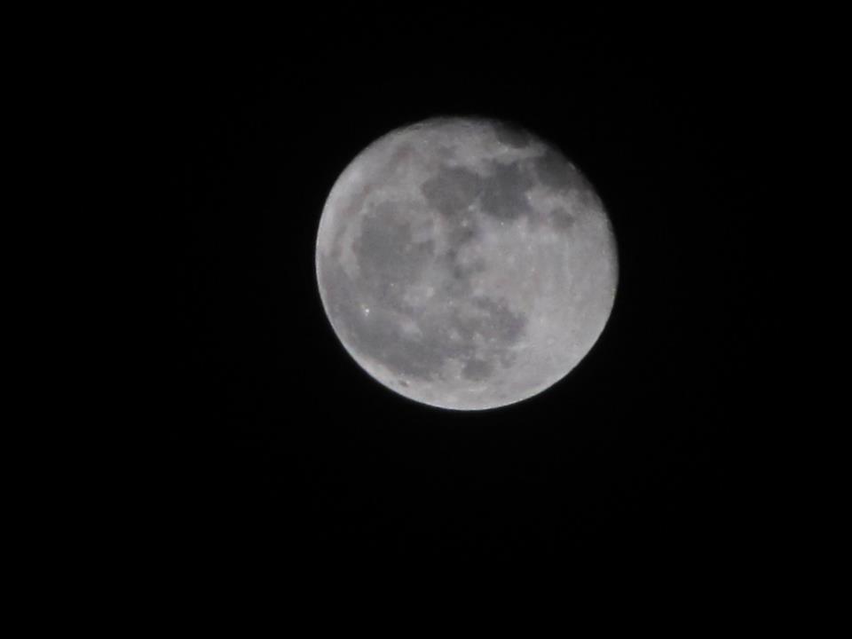 Mond bei Nacht