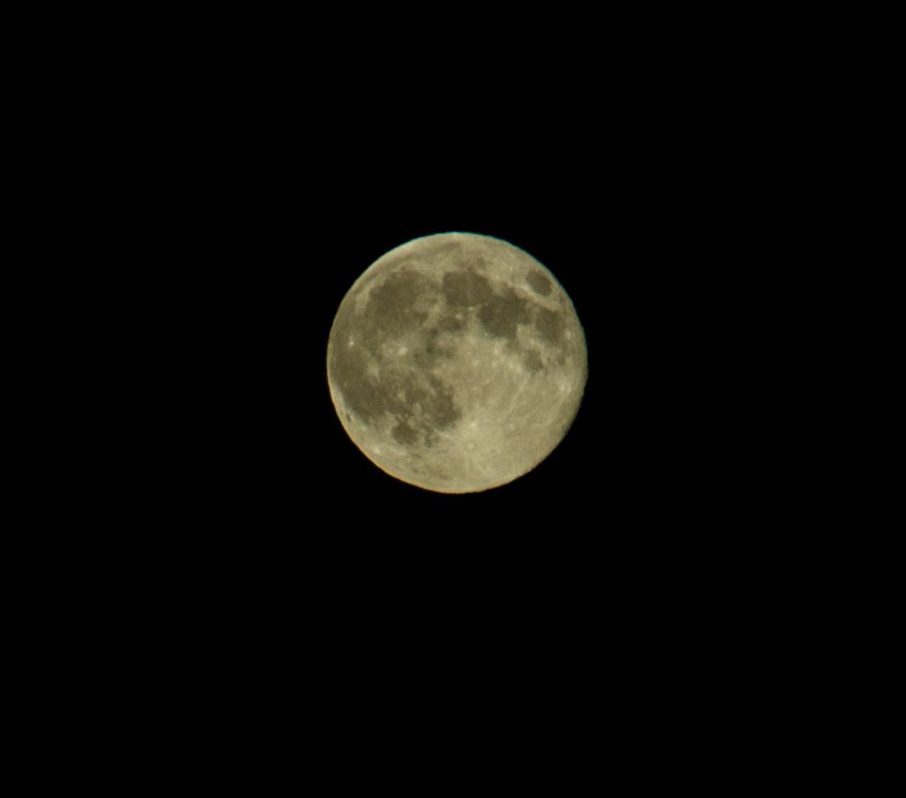 Mond etwas näher....