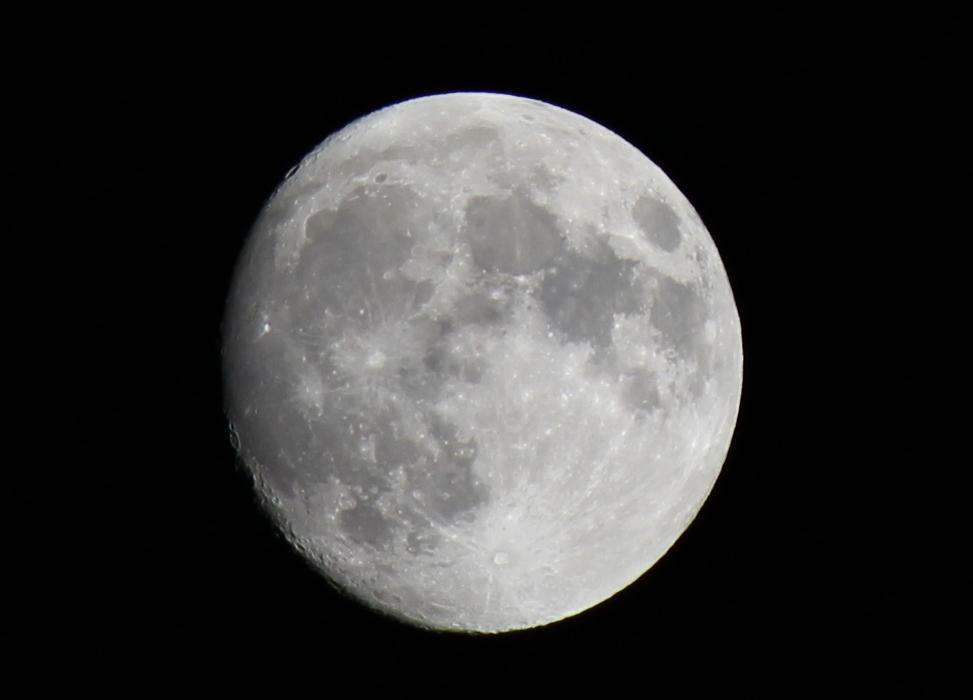 Mond Freihandaufnahme