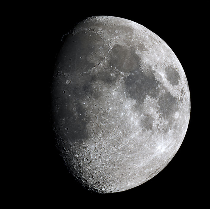 Mond mit Olympus E-330 fokal am 200/1000 Newton
