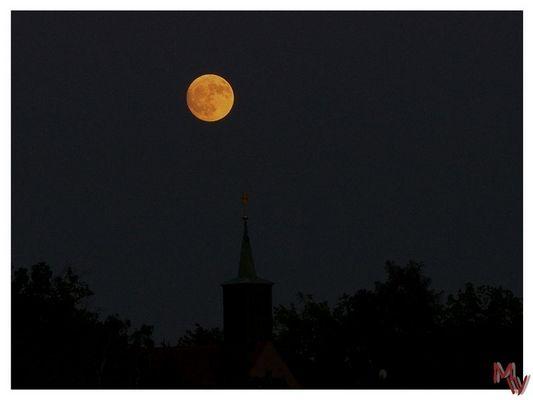 Mond über Ebersbach / Sa.