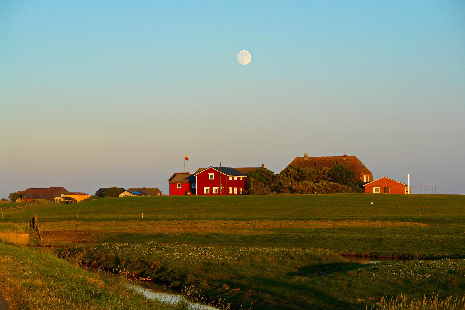 Mond über Hanswarft