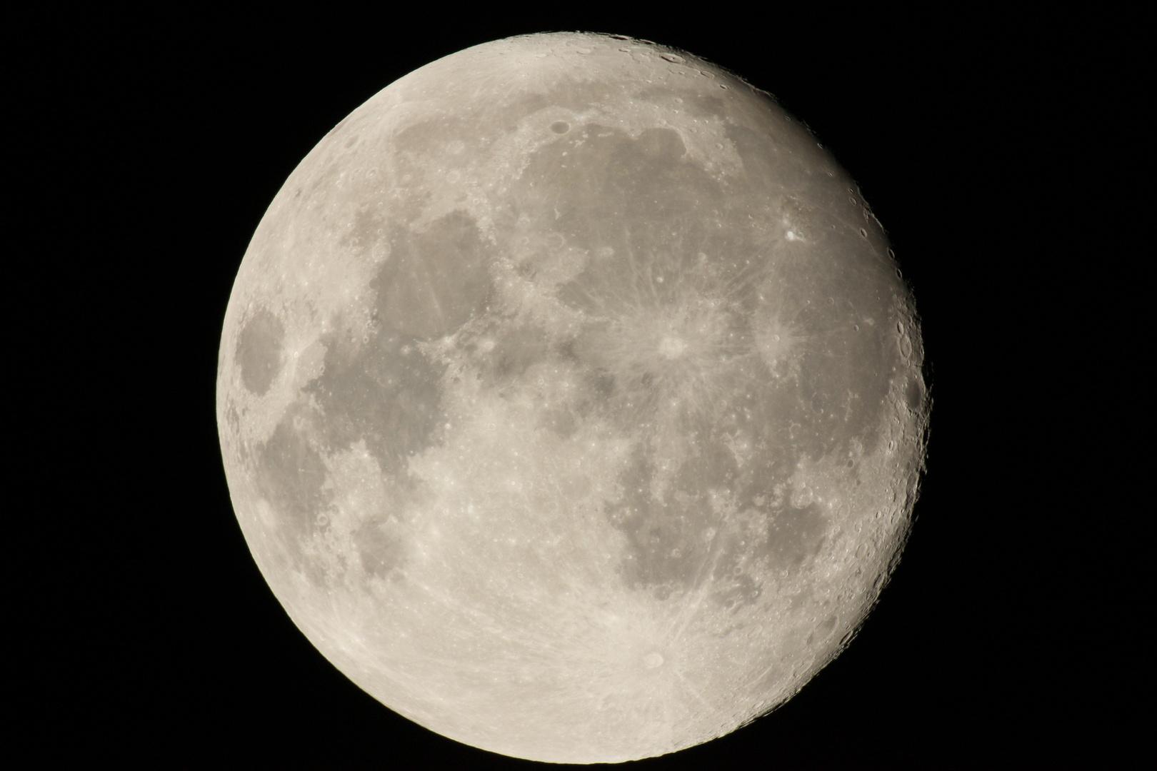 Mond über Hattingen