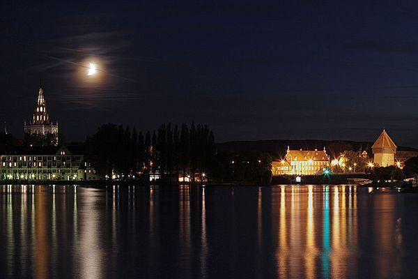 Mond über Konstanz