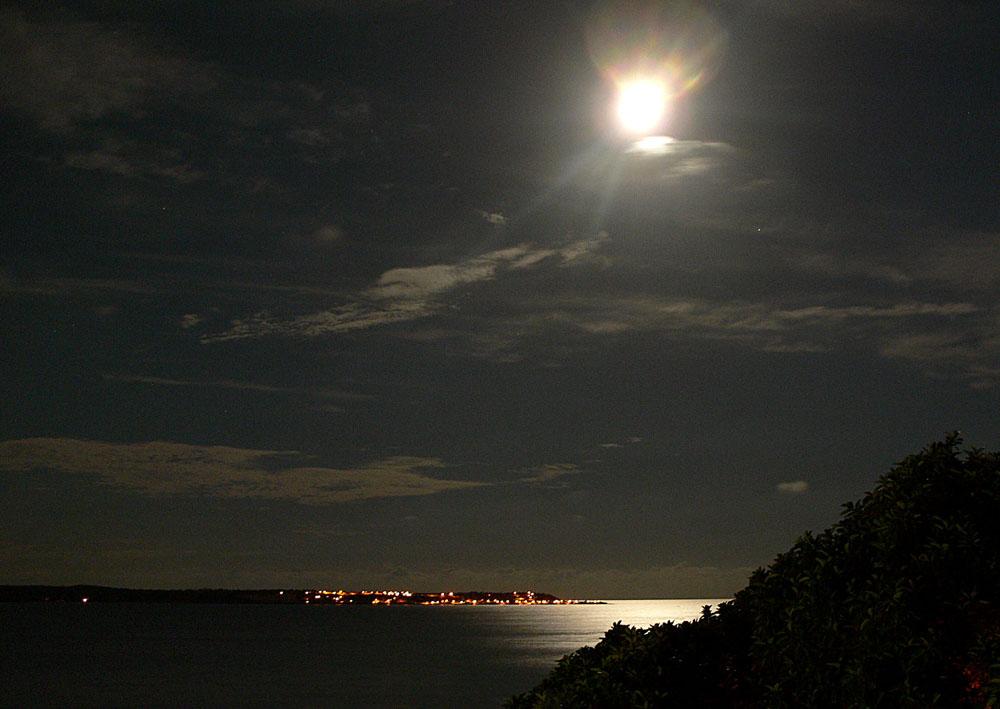 Mond Ueber La Isla Tierrabomba