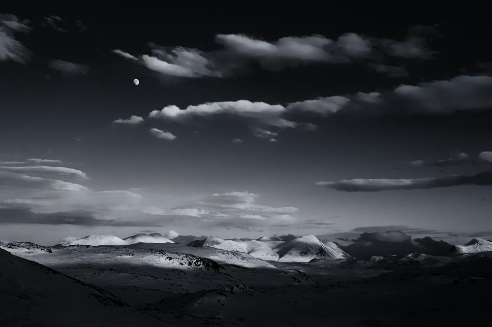 Mond über Unna Allakas