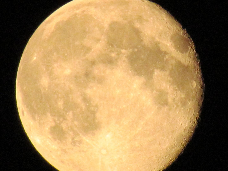 Mond - übervoll