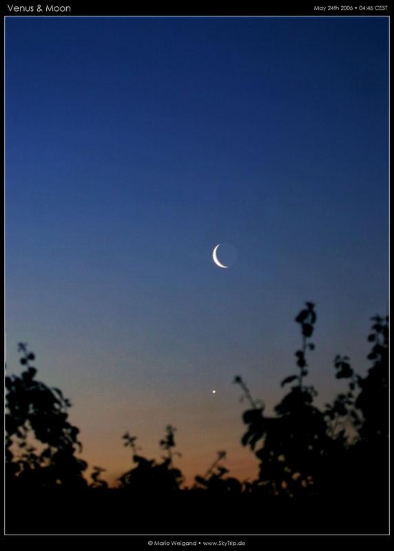 Mond und Venus in der Morgendämmerung (Foto vom 24.05.2006)