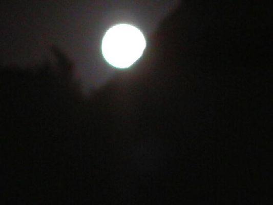 Mond was nun