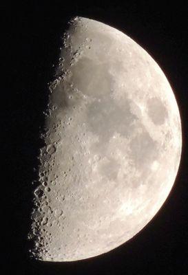 """"""" Mond zunehmend 22.Oktober 2012 20 Uhr """" ARCHIVFOTO"""