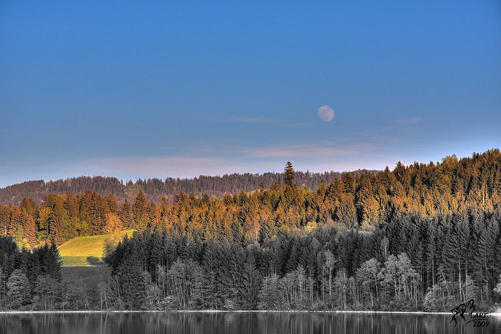 Mondaufgang am Niedersonthofnersee