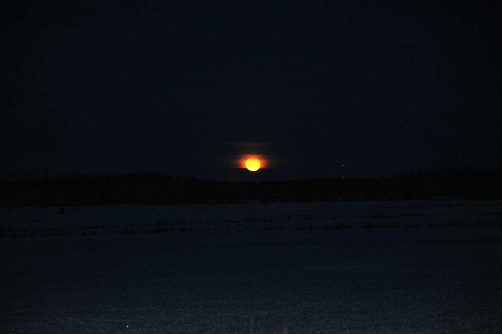 Mondaufgang in Kauvasta/Finnland