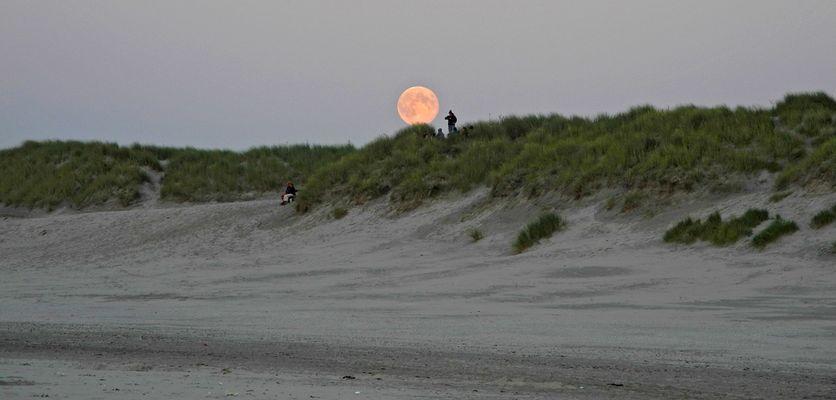 Mondaufgang - Nes Strand - Ameland - August 2012