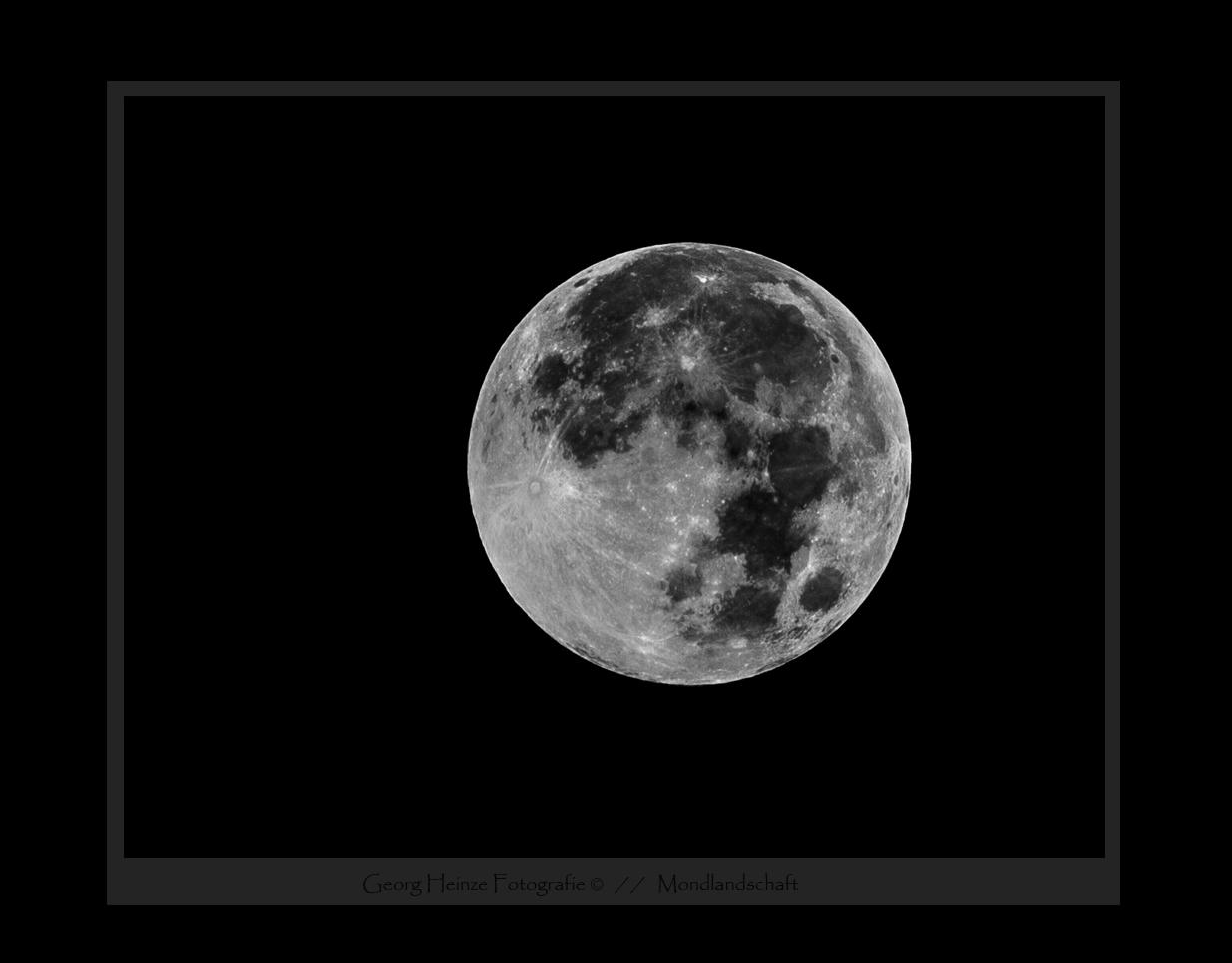...Mondlandschaft...
