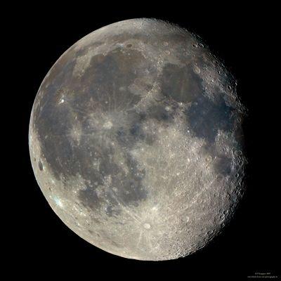 * Mondmosaik in Farbe (LRGB) *