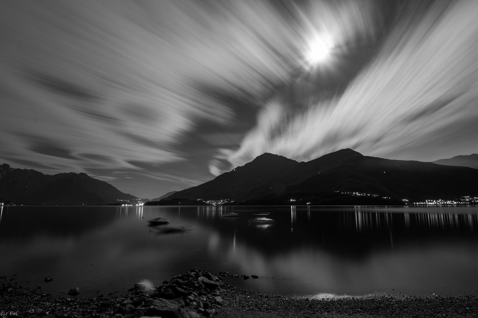Mondnacht am Comer See