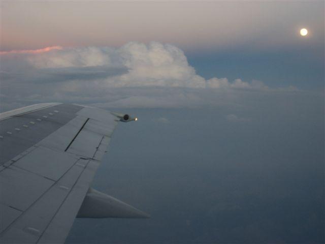 Mondschein über den Wolken