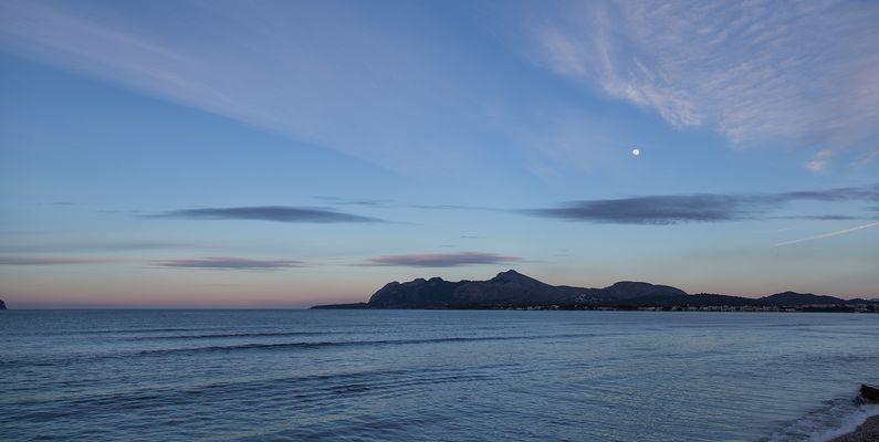 Mondschein über der Bucht