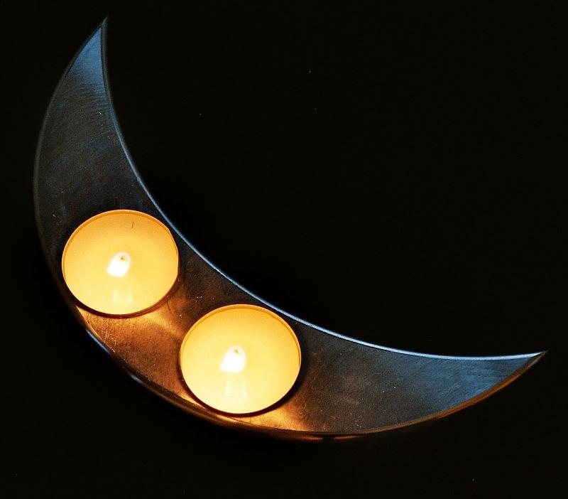 Mondsichel-Kerzenständer