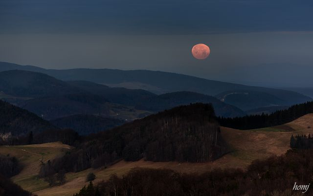 """Monduntergang"""