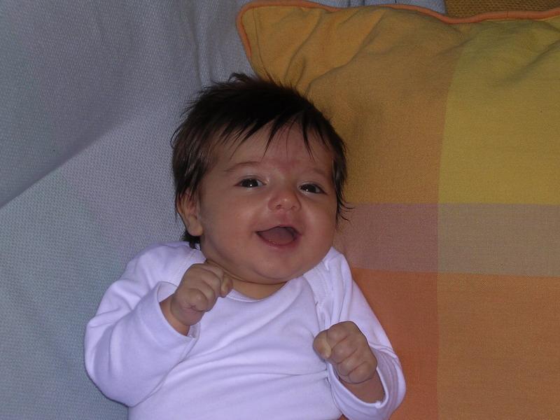 Mónica la bebé II - Mónica the baby girl II