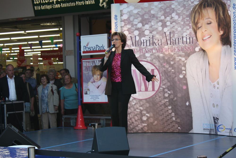 Monika Martin mit Ihrem neuen Album 2009