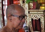 Monk at Wat Arun 02