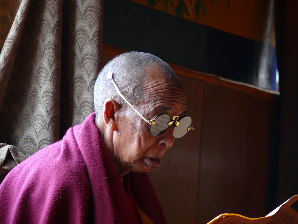 monk  kloster thikse   ladakh