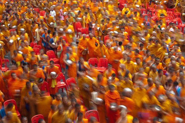 Monks in motion - Mönche in Bewegung