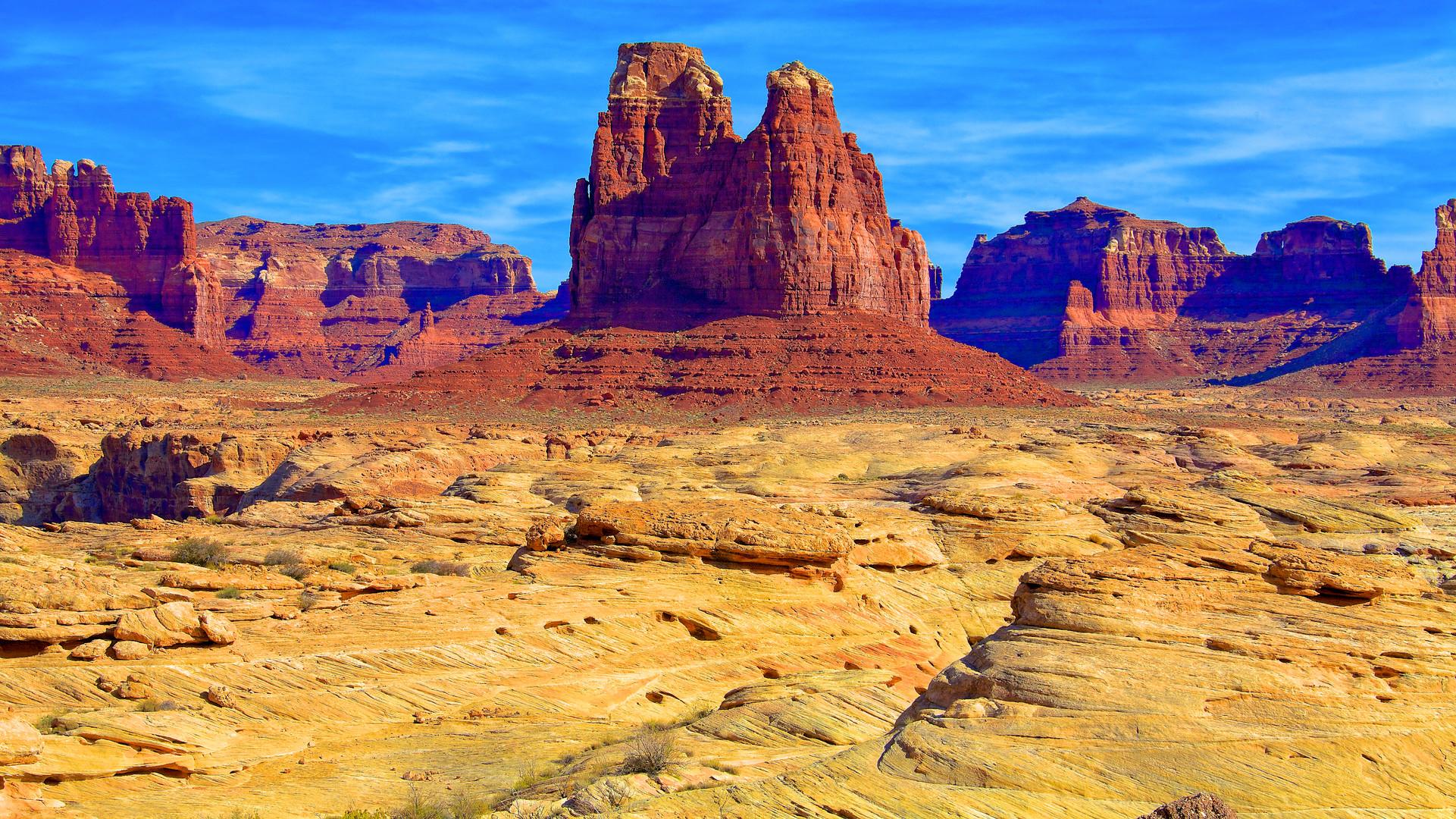 Monolith at southern Canyonlands