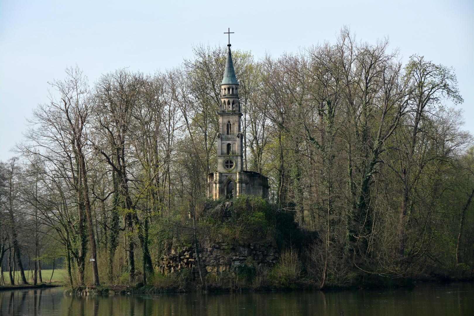 Monrepos Alte Kapelle auf der Insel