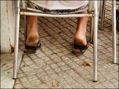 Monsieur, au Portugal,   il faut laver ses pieds pour venir au restaurant :-)))